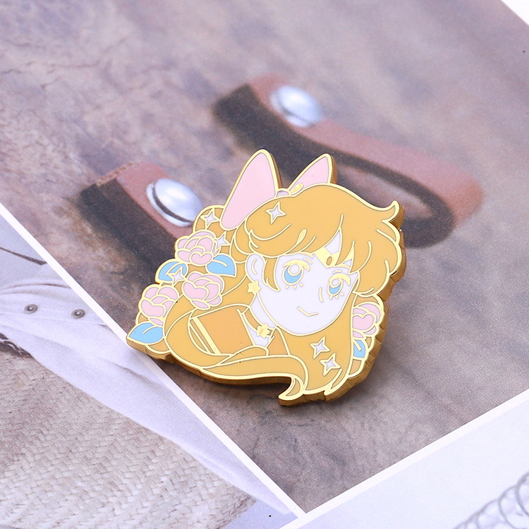 Customized Made Cartoon Zinc Alloy Hard Enamel Lapel Pin