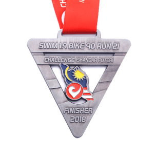 Custom Triathlon High Quality Zinc Alloy Hole Medals for Cycling