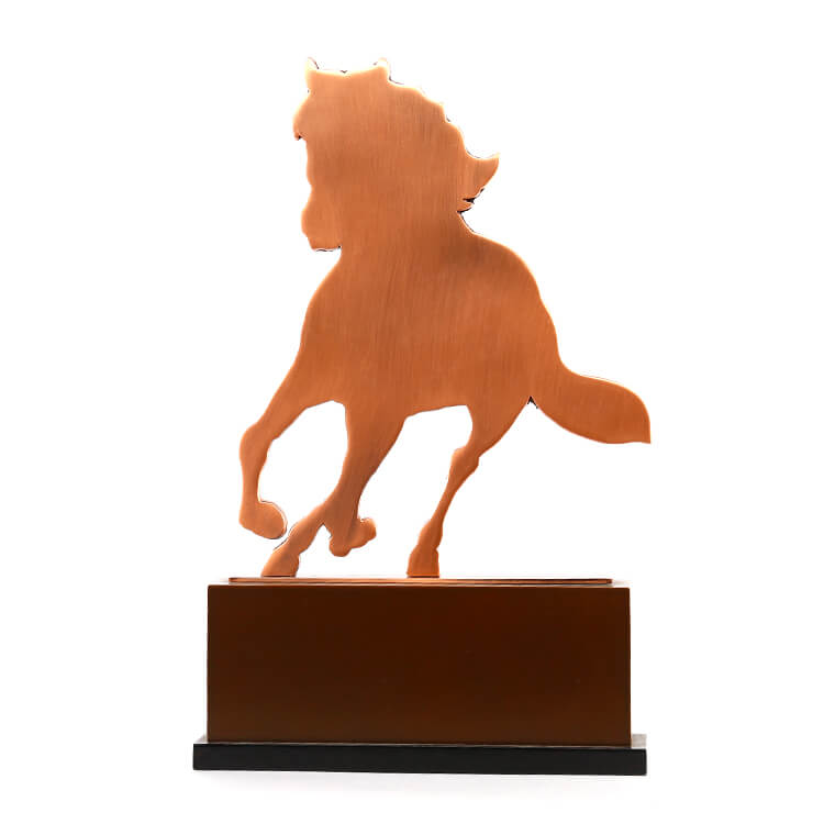 Customized 3D Horse Shape Antique Copper Plating Metal Trophy with Wooden Base